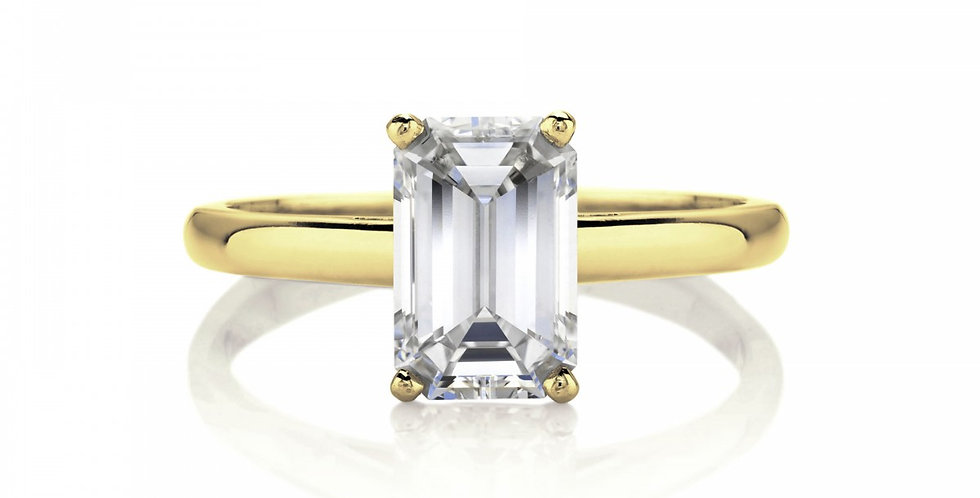 DB CLASSIC SOLITAIRE RING EMERALD CUT
