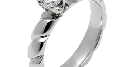 CHAUMET TORSADE ENGAGEMENT RING