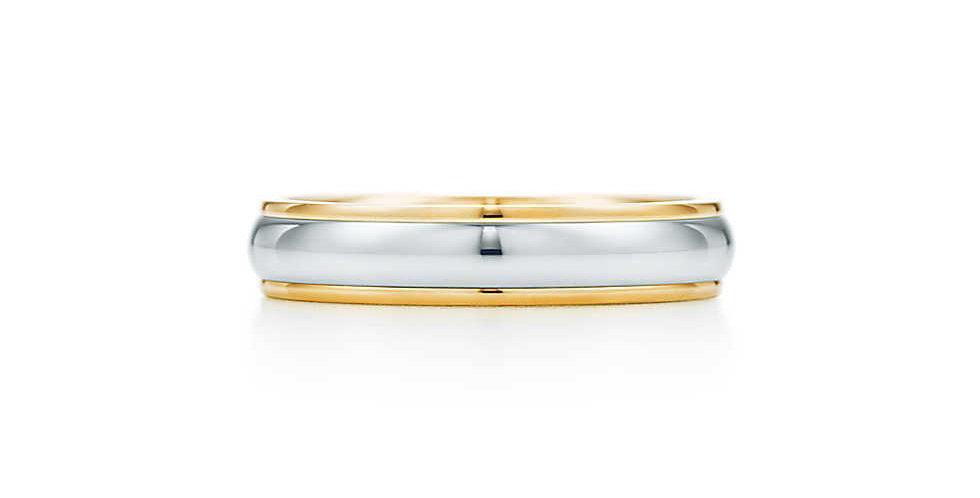 LUCIDA® Band Ring
