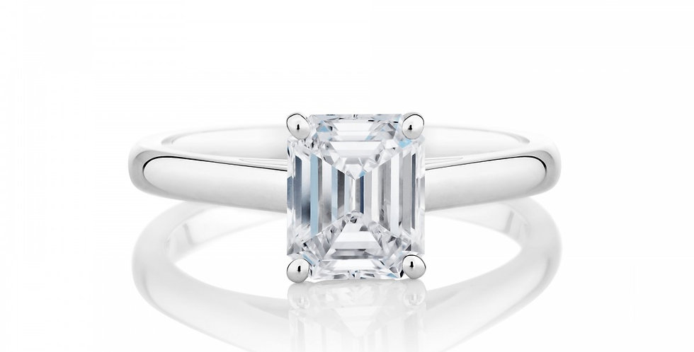 DB CLASSIC EMERALD CUT SOLITAIRE RING