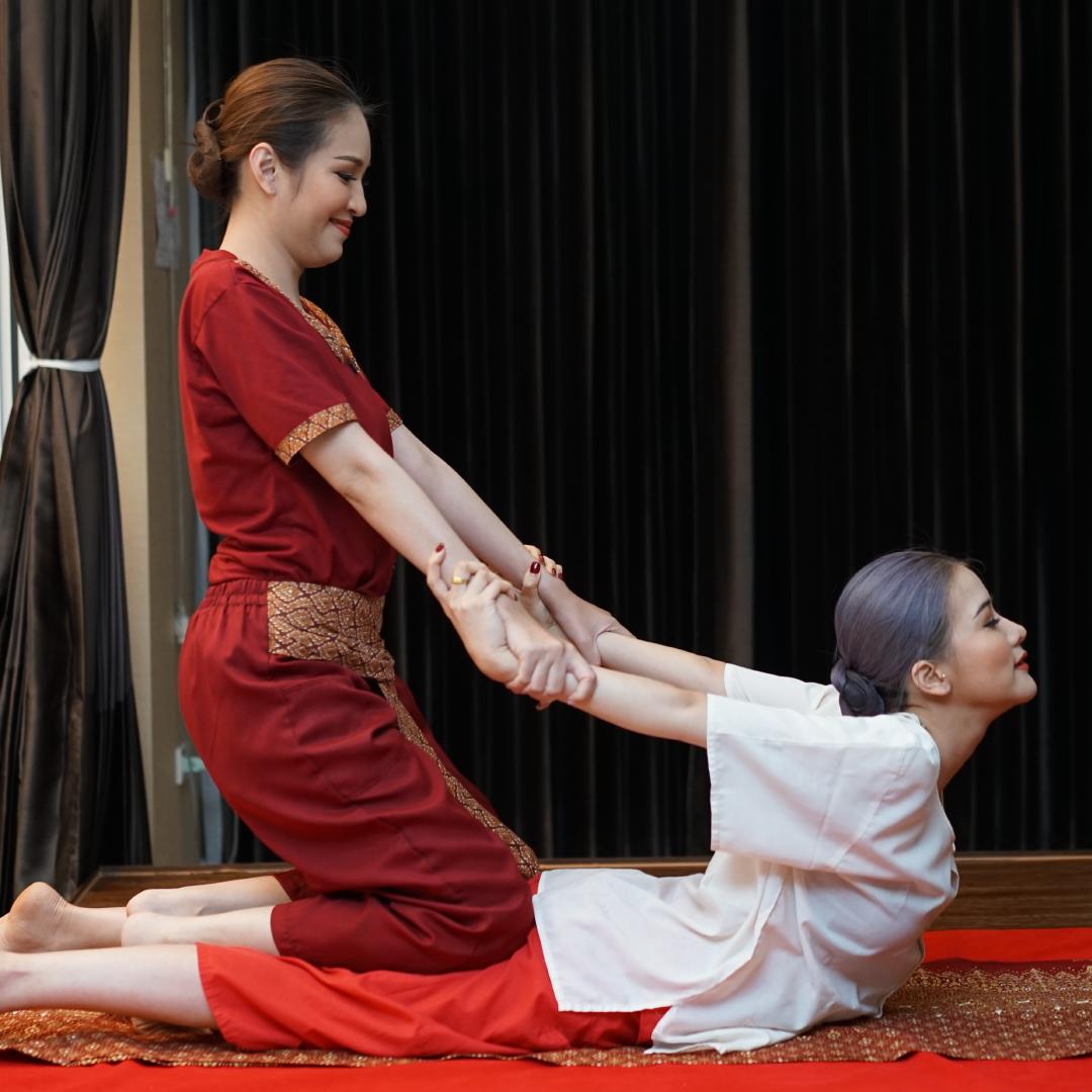 Queen of Ayuravedic Massage