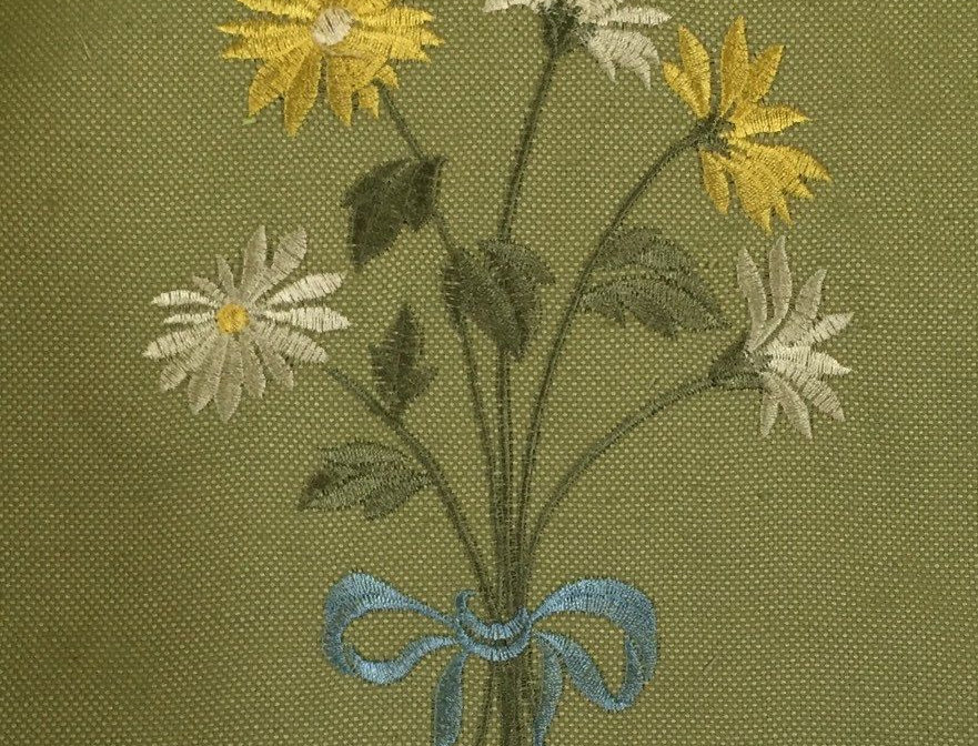 Daisy Embroidery Bouquet