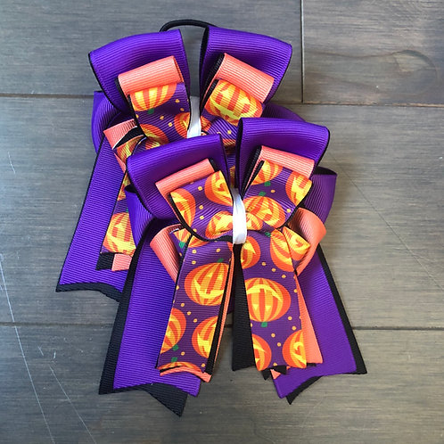Purple pumpkin bows!