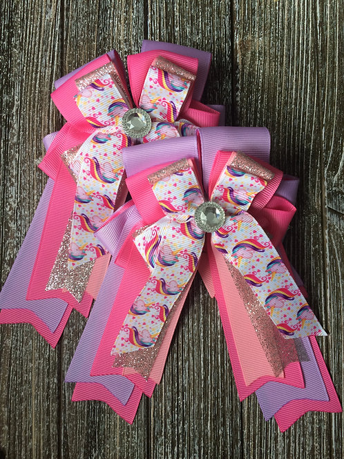 Custom show bows