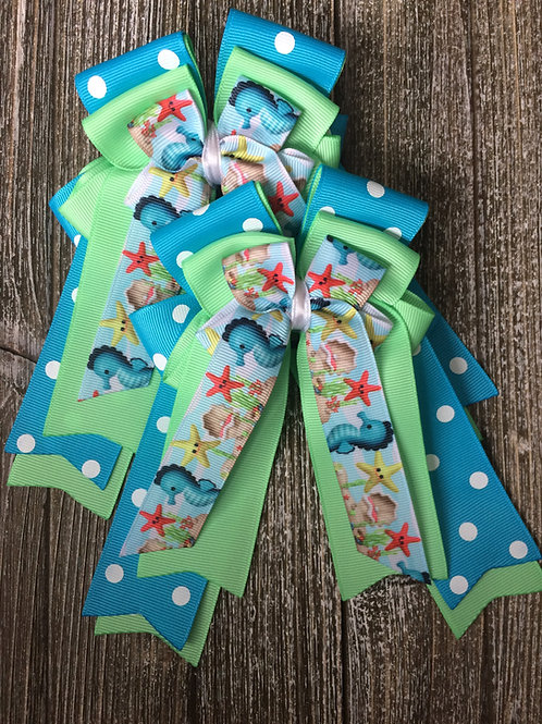 Under the sea bows!