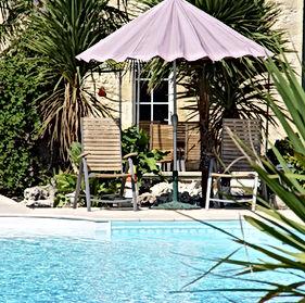 CADAY ROUGE Pool 581kb.jpg
