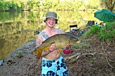 35 Aaron with another carp 84kb.jpg