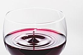 wine-933236_1920.jpg