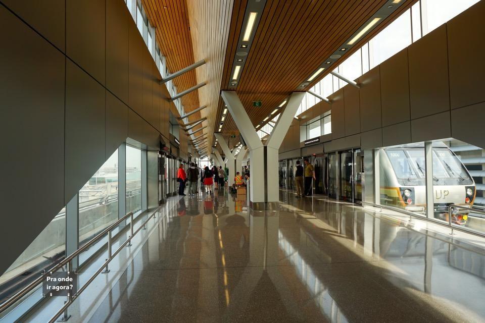 Plataforma UP Express Terminal 1 YYZ