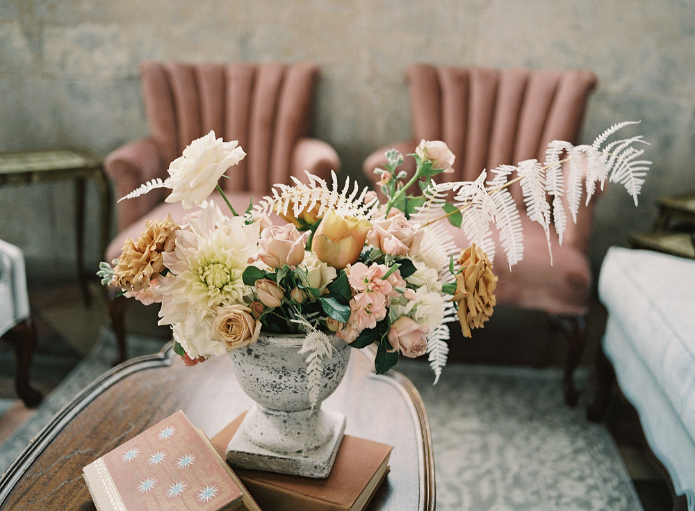 Leaf + petal, New Orleans, Bridgerton wedding, Marigny opera house, centerpiece, flowers, toffee roses, bleached fern, lounge space, wedding