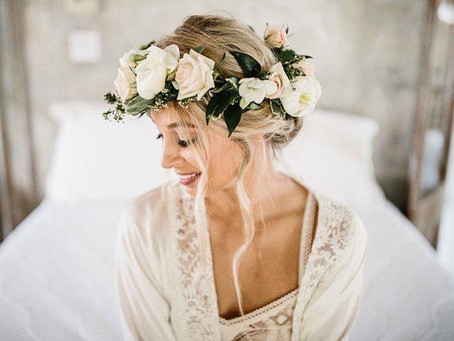 Best White Flower Hair Pieces for Weddings in New Orleans