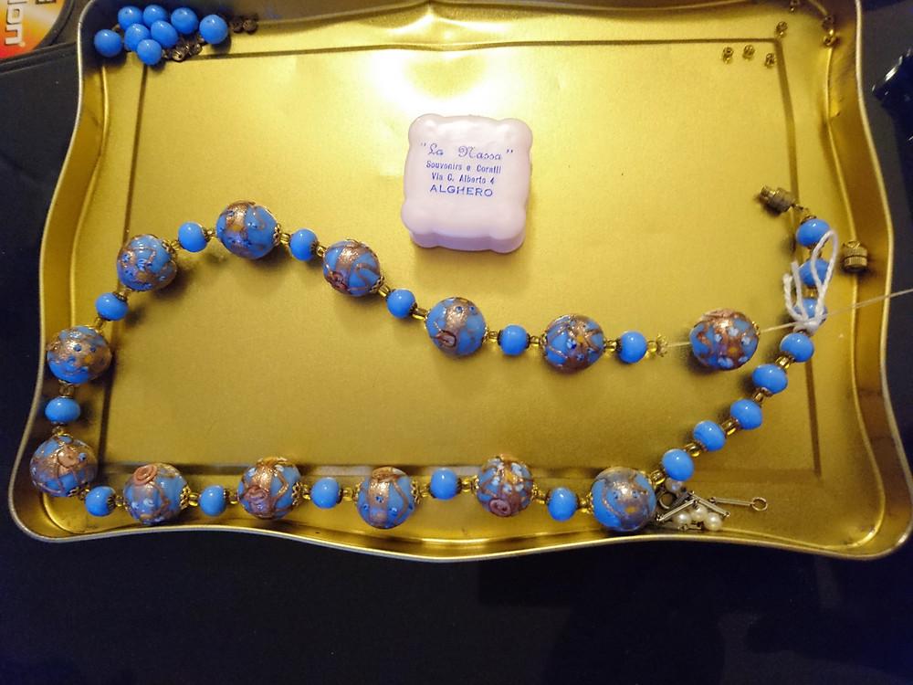 halsband från artdeco eran