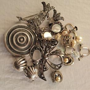 Varför secondhand-smycken?