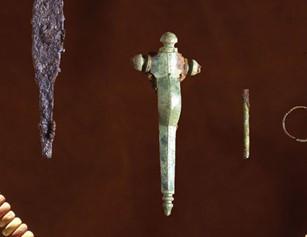 korsformig fibula, foto Jönköpings läns museum