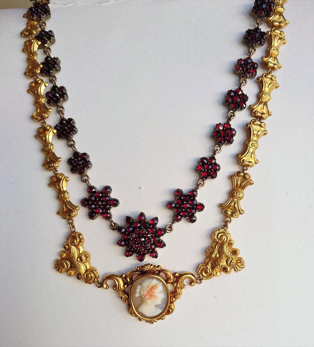 halsband från 1800-talet