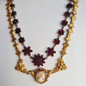 Ny serie! Smycken på 1800-talet!