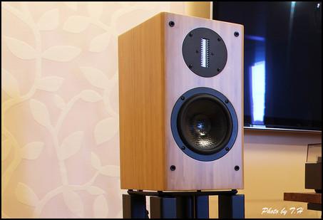 Ascend Acoustics Sierra 2 Bookshelf Speaker Review.