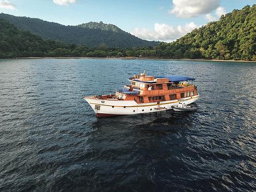Sea Adventure Komodo Luxury II