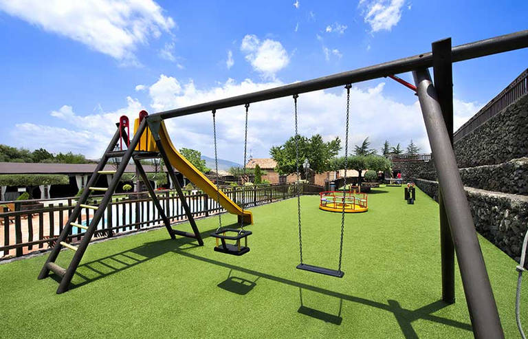 Etna Accommodation with Playground