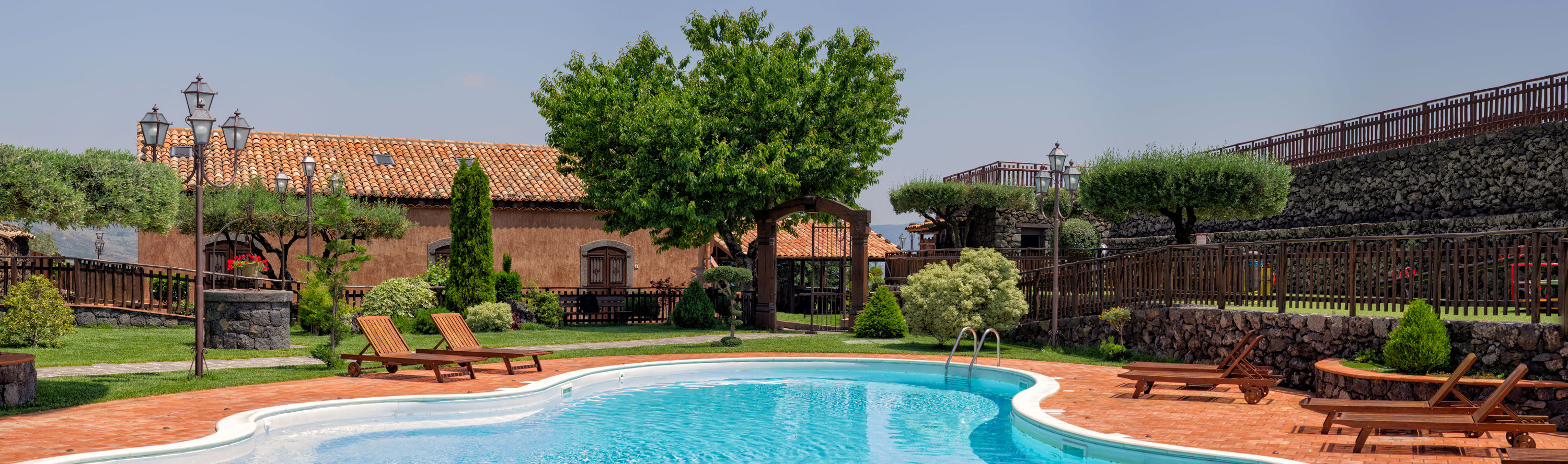 Etna Hotels with Pool