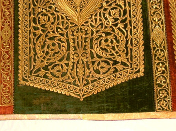 MOROCAN EMBROIDERY ON VELVET AFTER AREA