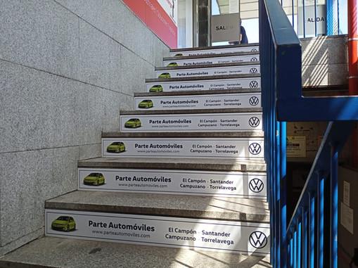Escaleras salida peatonal Calle Cádiz Santander