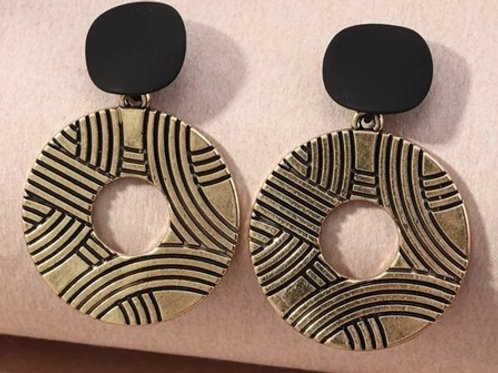 Indy Text Round Earrings