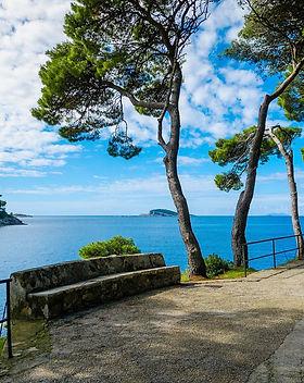 Experiences in Dubrovnik, Promenades by the sea