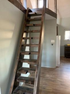Alder loft stair