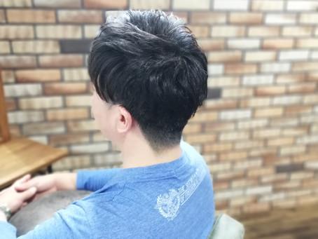 【生えぐせに合わせて髪型を作る】