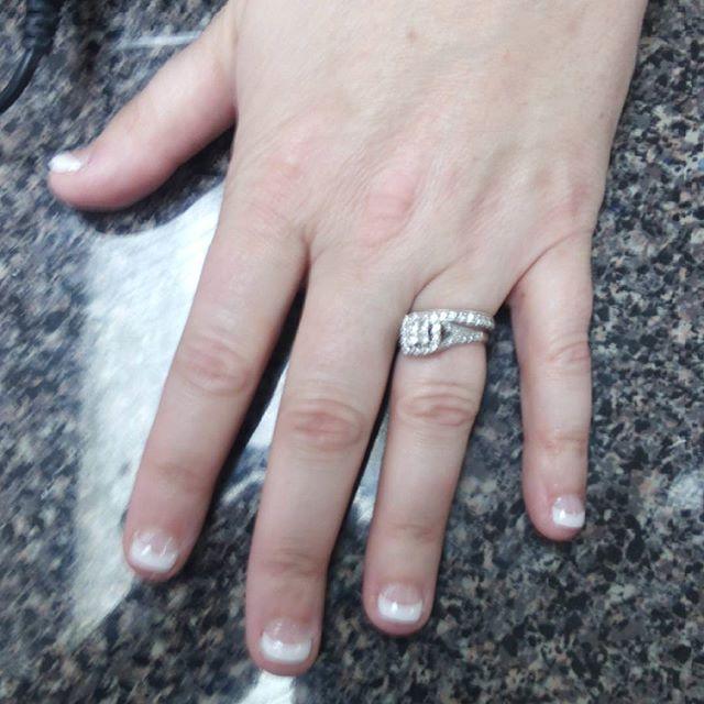 #nailsbykristy #gelmanicure #gelpolish #gelish #accentnail  #nails #whodoesyournails #getyours #sche