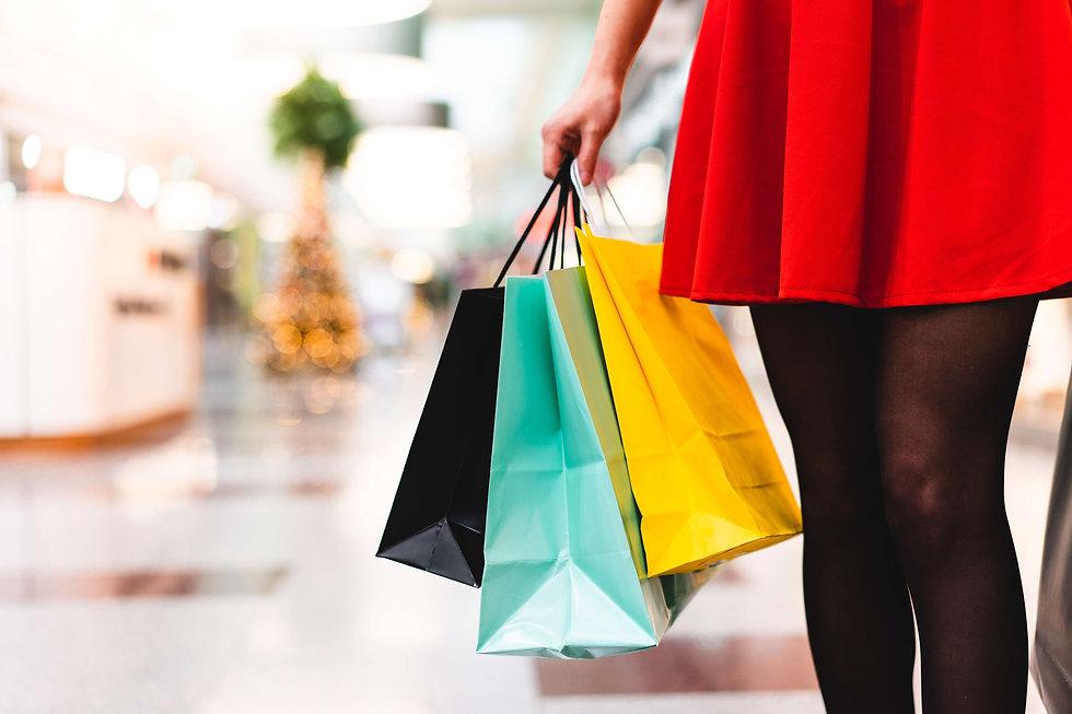 woman-in-shopping-mall-picjumbo-com.jpg