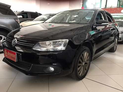Volkswagen    JETTA 2.0AT TSI