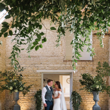 R&S WEDDING, COTSWOLDS