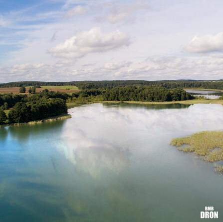 Jezioro z drona
