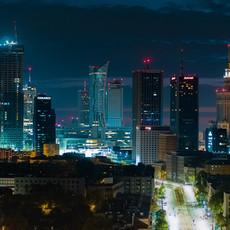 Centrum Warszawy Nocą z drona Inspire 2 X5S.j