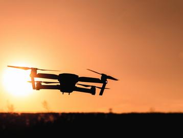 Używanie Dronów do zautomatyzowanego nadzoru tłumu