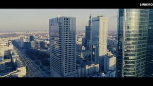 Ujęcia filmowe Warszawy centru miasta z drona 4K