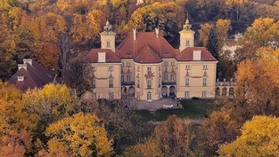 Pałac w Otwocku Wielkim z Drona