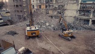 Rozbiórka budynku przy rondzie ONZ z drona