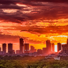 Panorama_Warszawy_o_zachodzie_słońca_z