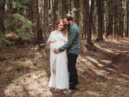 Prince Albert Maternity Session: Kelsi + Thom