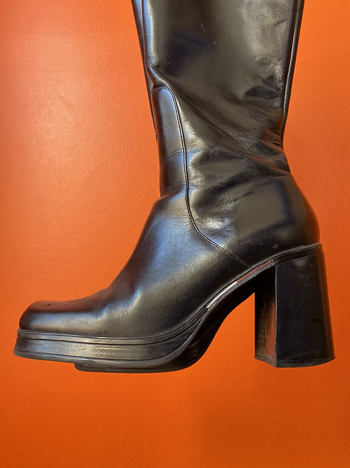 90s Square Toe Chunky Leather Boots