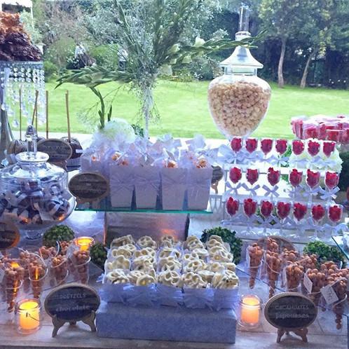 Instagram - #kupa #bykatiascake #mesadedulces #mesadepostres #candybar #junkbar #bodas #eventos #weddings #elegant #bride #dessert #food #de