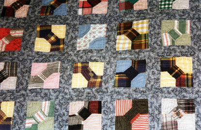 bow tie quilt vintage fabrics