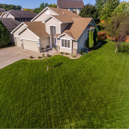 SOLD BY RE/MAX RESULTS $ 372,500