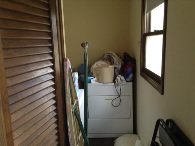 Loundry/Mud Room Before