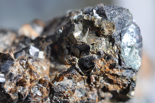 Гранат меланит 4017-П