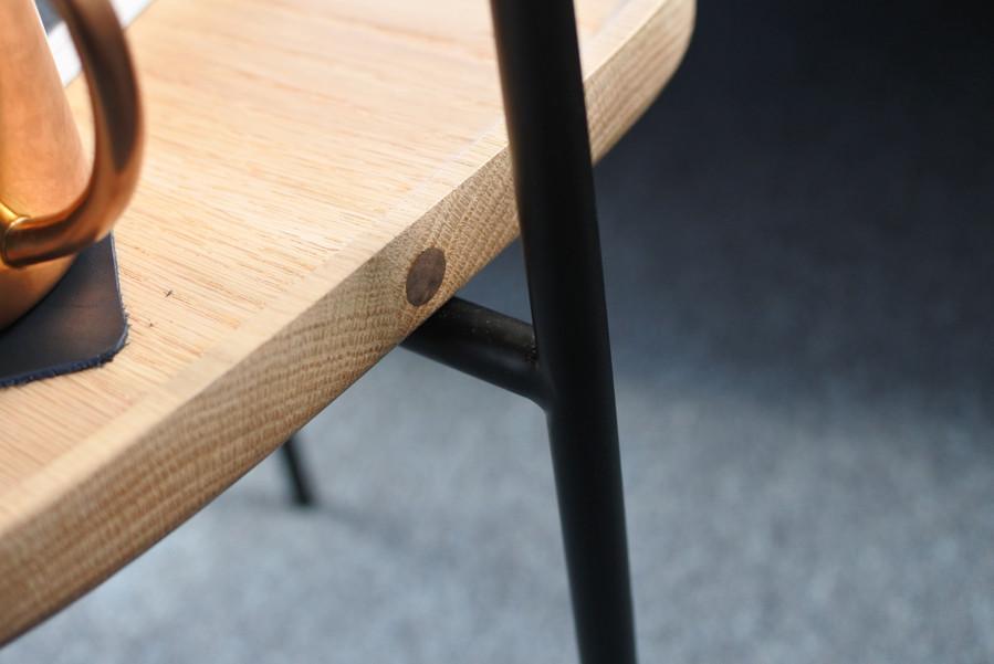 木盤與鐵架透過內嵌式磁鐵定位