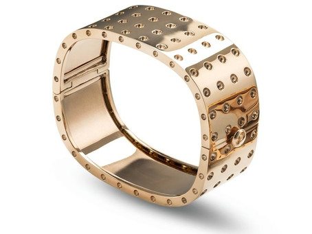 Accentuate your tan with rose gold